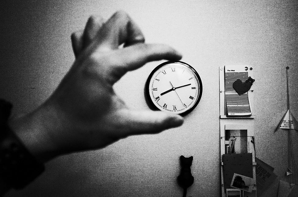 1ドル99セントの壁時計
